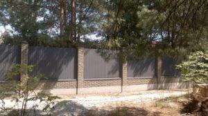 Забор в Киеве из профнастила